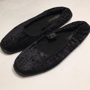 Black Velvet Slipper by BERKSHIRE Sz XL